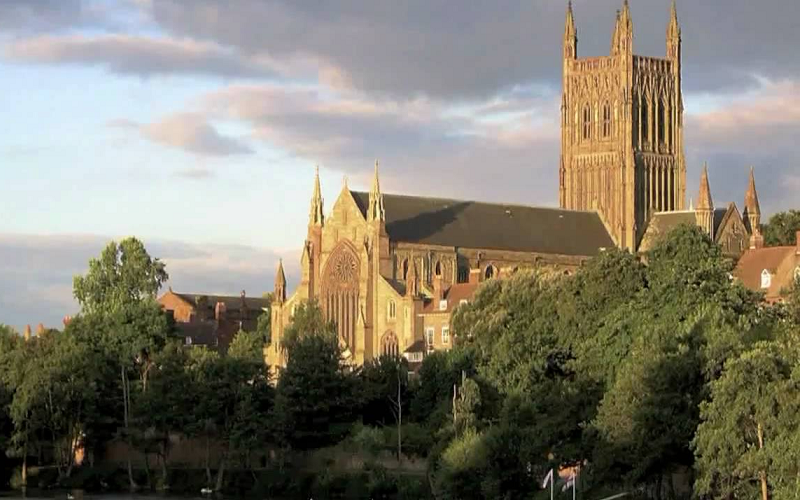 worcester cathedral england